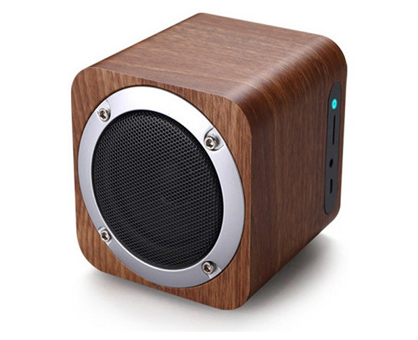 Wooden Bluetooth 4.0 Wireless Speaker with FM Radio