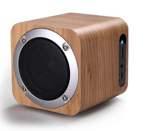 Wooden Bluetooth 4.0 Wireless Speaker with FM Radio, White Oak
